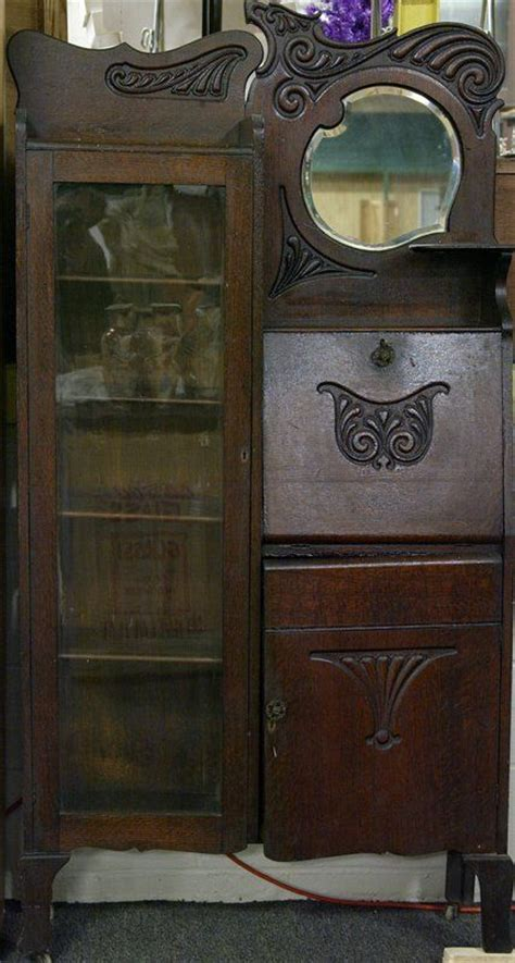 Desk That Looks Like A Cabinet by Antique Desks And Desks On