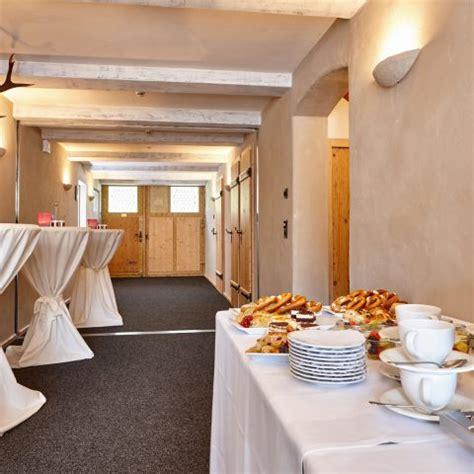 Foyer Raum by Raum Steinbock Workshop Zeit Staudacherhof S