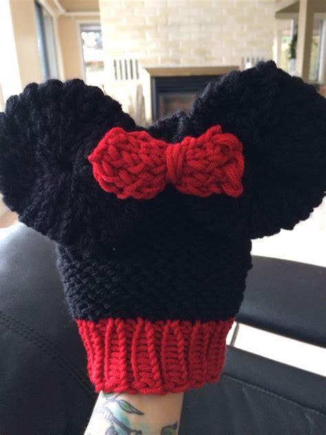 loom knit minnie mouse hat 84 best images about new one to make on