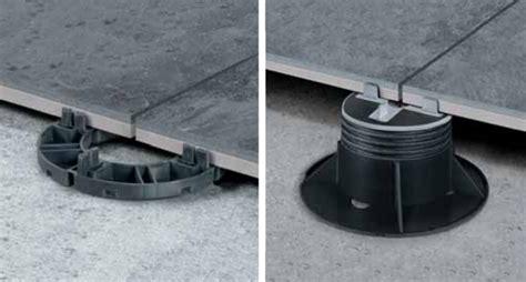 piedini per pavimenti galleggianti pavimenti sopraelevati da esterno