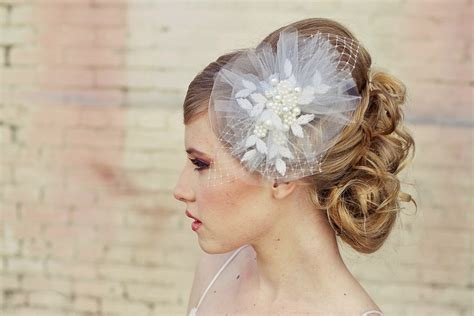 Vintage Hair Accessories For Wedding by Bridal Veil Wedding Hair Accessories For Vintage