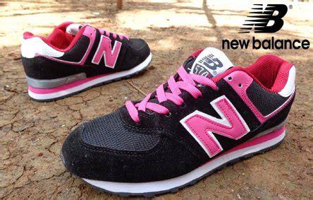 Kets 04 Black by Blue Black Pink Sepatu Kets Sangat Nyaman Untuk
