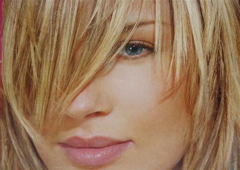 two tonedd hair ddark and bleached pre lightening hair bleaching lift pigment tone