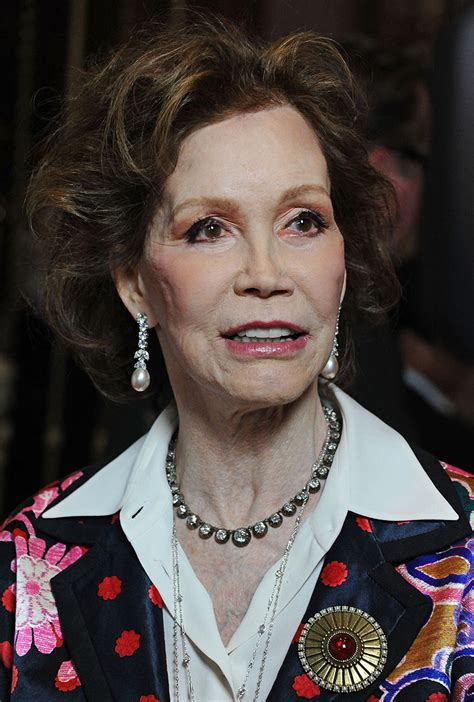 marytylermooreshealth download image mary tyler moore pictures pc mary tyler moore her tragic final hours as rushed to hospital