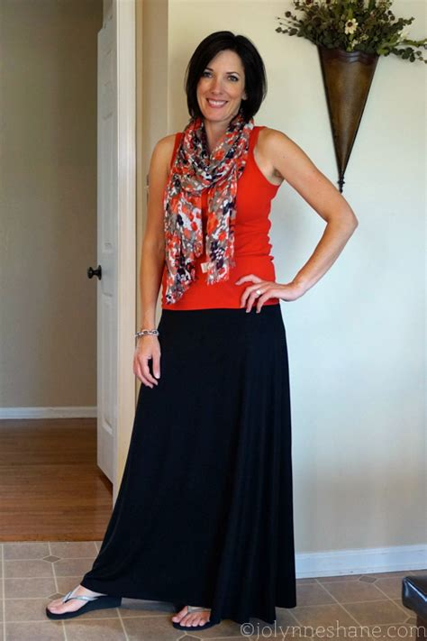 how to wear a maxi skirt over 50 how to wear a maxi skirt