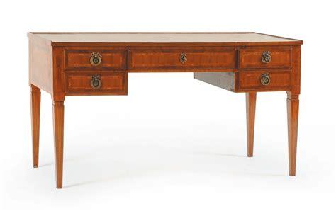 scrivania luigi xvi scrivania in noce in stile luigi xvi con piano in pelle