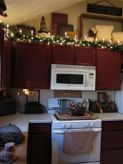 Garland Above Kitchen Cabinets by 1000 Images About Above Kitchen Cabinet Space On