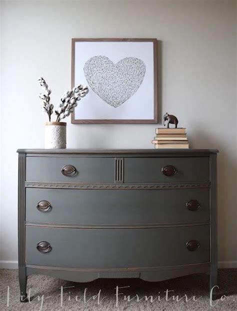 painted bedroom dressers best 25 painted dressers ideas on chalk paint
