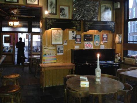 interni pub interno sala pub foto de mug middelburg tripadvisor