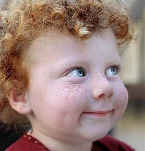 irish curly hair freckles and curls pixdaus redhead pinterest