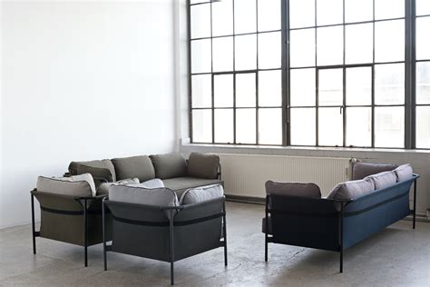 sofa designklassiker a flat pack sofa designed by the bouroullec brothers