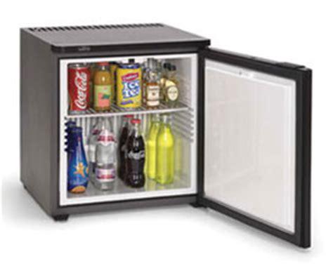 mini frigo de bureau neb petits r 233 frig 233 rateurs meubles bar minibars pour le