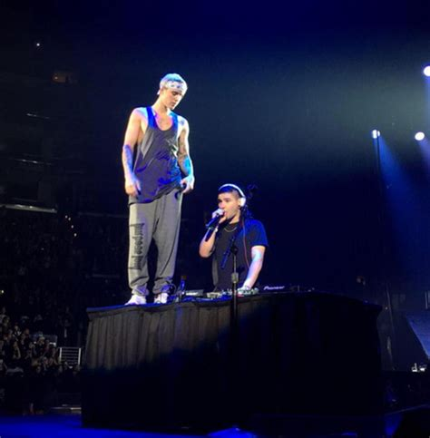 justin bieber purpose biography video justin bieber brings out skrillex sing sorry