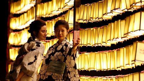imagenes de miss japon el negocio en auge en jap 243 n alquilar amigos pareja o