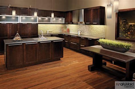 Peppercorn Kitchen by Kraftmaid Quartersawn Oak Cabinetry In Peppercorn
