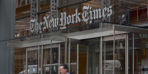 New York Times Office by Major Newspapers Speak Out Against Iran Sanctions Bill