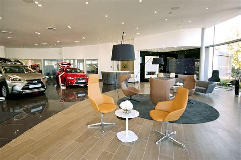 lexus showroom internal refurbishment