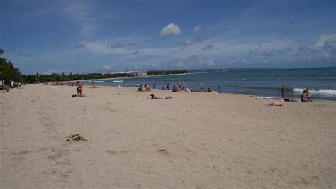 pantai kuta bali indonesia pantai indah indonesia tempat wisata foto gambar wallpaper