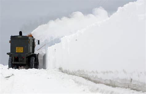 Hoodie Shoot Till My Arm Falls Hitam the snow shovel chronicles part i adaptive curmudgeon