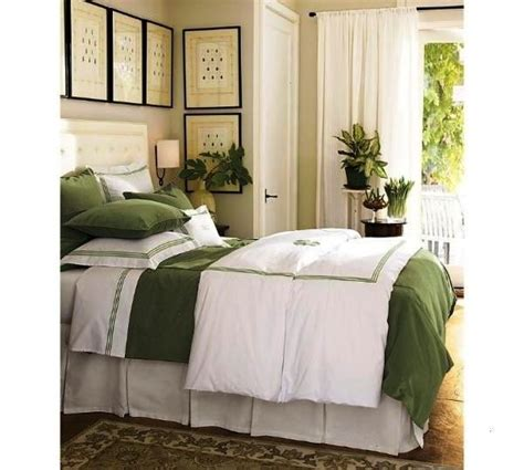 decorating bedroom ideas on a budget