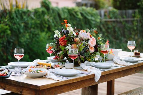 how to throw a summer backyard party how to throw an end of summer backyard party with top picks from crate and barrel