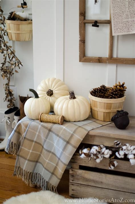 7 tips to creating simple seasonal vignettes home