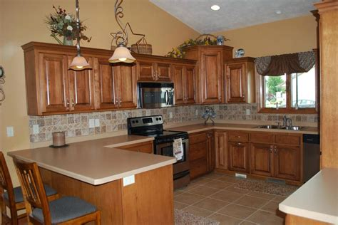 desain meja dapur keramik sederhana memilih motif keramik lantai dapur untuk dekorasi indah