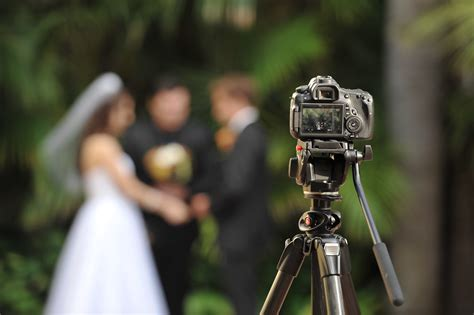 Wedding Videography by Everything You Need To About Wedding Vendor Meals