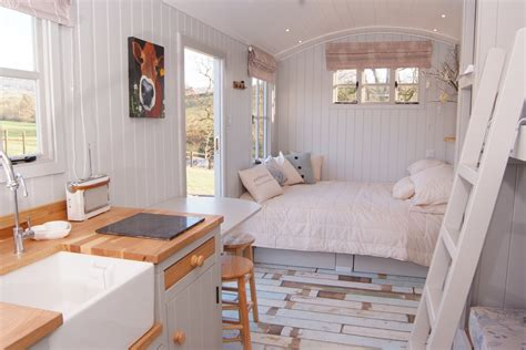 Small Shower Ideas by Otters Holt Shepherds Hut Knightstone Farm Safari Retreat