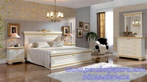 kamar set tempat tidur mewah minimalis ukir modern