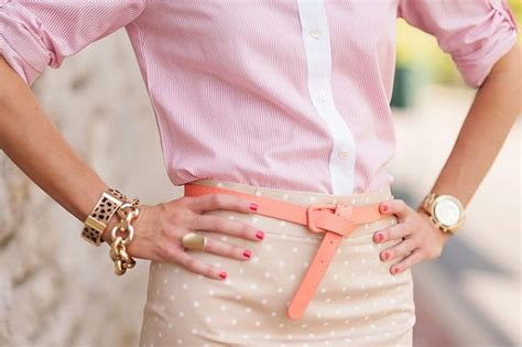 Chic Instan instant chic style via the looped belt