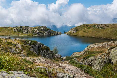 le refuge et le lac de la fare depuis le lac besson esprit rando reflex photos