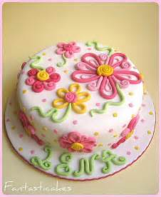 theme cake decorating ideas fondant