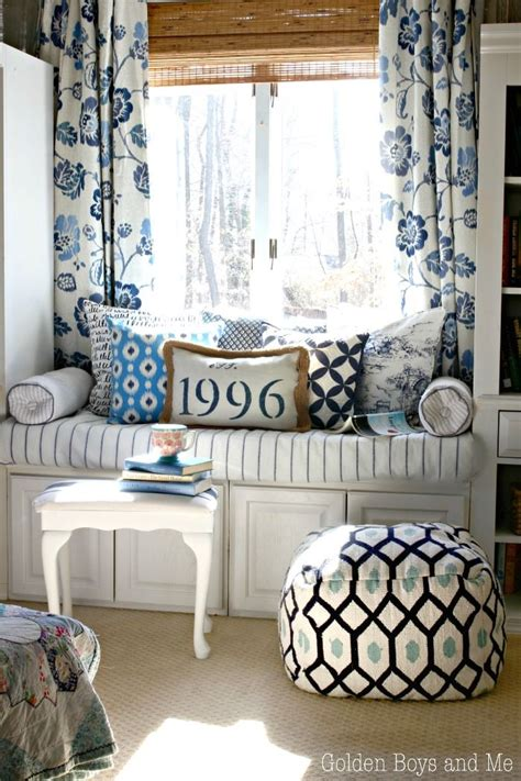 blue and white master bedroom ideas 1000 images about country blue on pinterest blue and