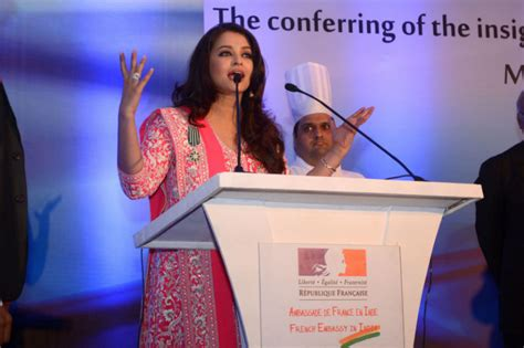 Mba After Honours by Honours Mrs Aishwarya Bachchan 1 November