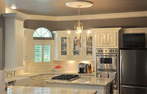 grey walls in kitchen gray kitchen walls home pinterest