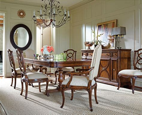 Stanley Furniture Dining Room Sets Arrondissement Famille Traditional Dining Set By Stanley Furniture Stanley Dining Room Furniture