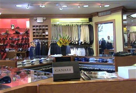 clothing store images usseek