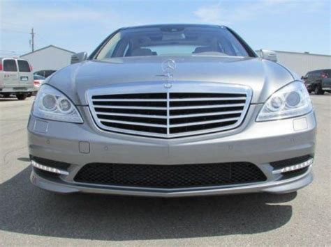 sell used 2012 mercedes s550 in 3210 east 96th