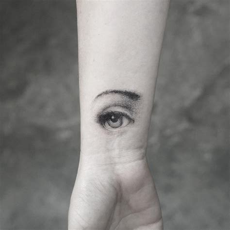 dotwork eye tattoo mr k and his exquisite fine line tattoos tattoomagz