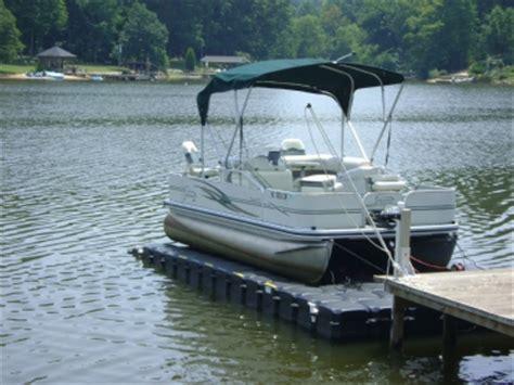 lowe vs bennington pontoon boats karmiz for you how to plane a pontoon boat