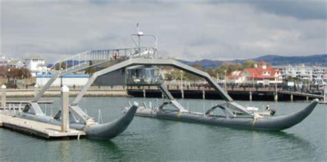 boat horn funny strange catamaran