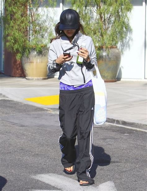 bed bath and beyond hollywood vanessa hudgens leaves bed bath and beyond in studio city hawtcelebs hawtcelebs