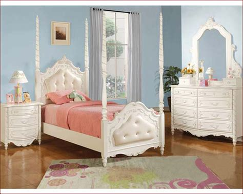 Complete Bedroom Sets With Mattress Pearl White Poster Bed With Leather Headboard