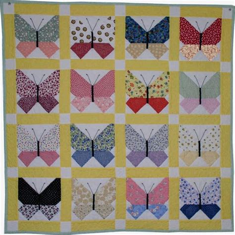 Butterflies Quilt by Retro Butterfly Quilt By Carolynhughey Craftsy
