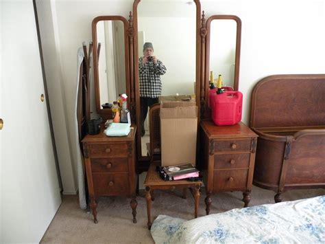 Antique Metal Bed Frame Twin Sligh Furniture Bedroom Set Determine Age Of Antique Metal Bed Frame