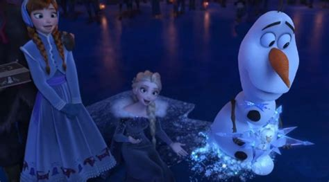 anna elsa film turkce the trailer for olaf s frozen adventure is finally here