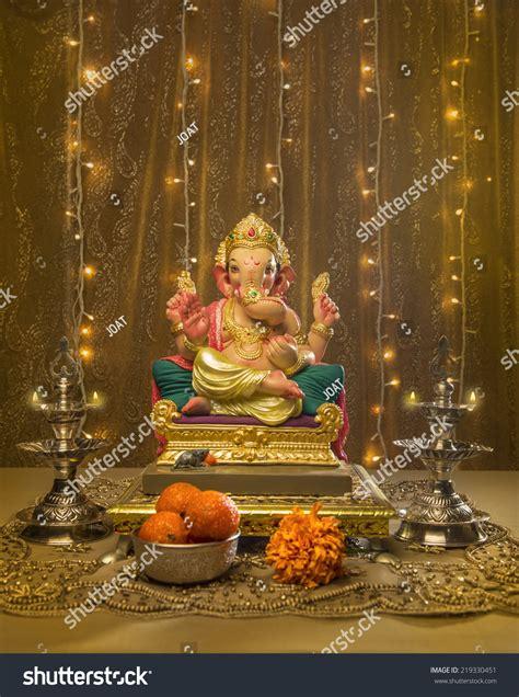 ganesha idol  elaborate indian pooja set