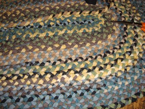 make braided rug how to make a rag rug in 4 easy steps threadbear