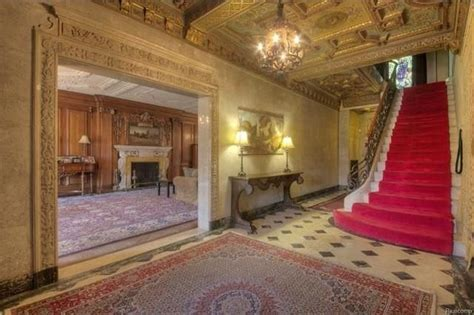 Detroit Wow! House: Berry Gordy Jr.?s Motown Mansion Is